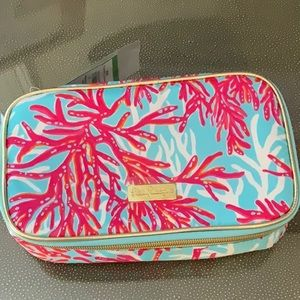 Lilly Pulitzer cruising cosmetic bag with coral